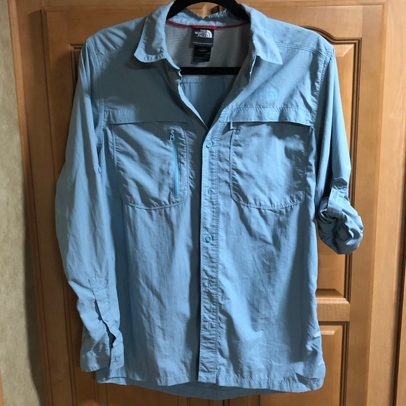 5cfa06c0c North Face men's outdoor button up shirt